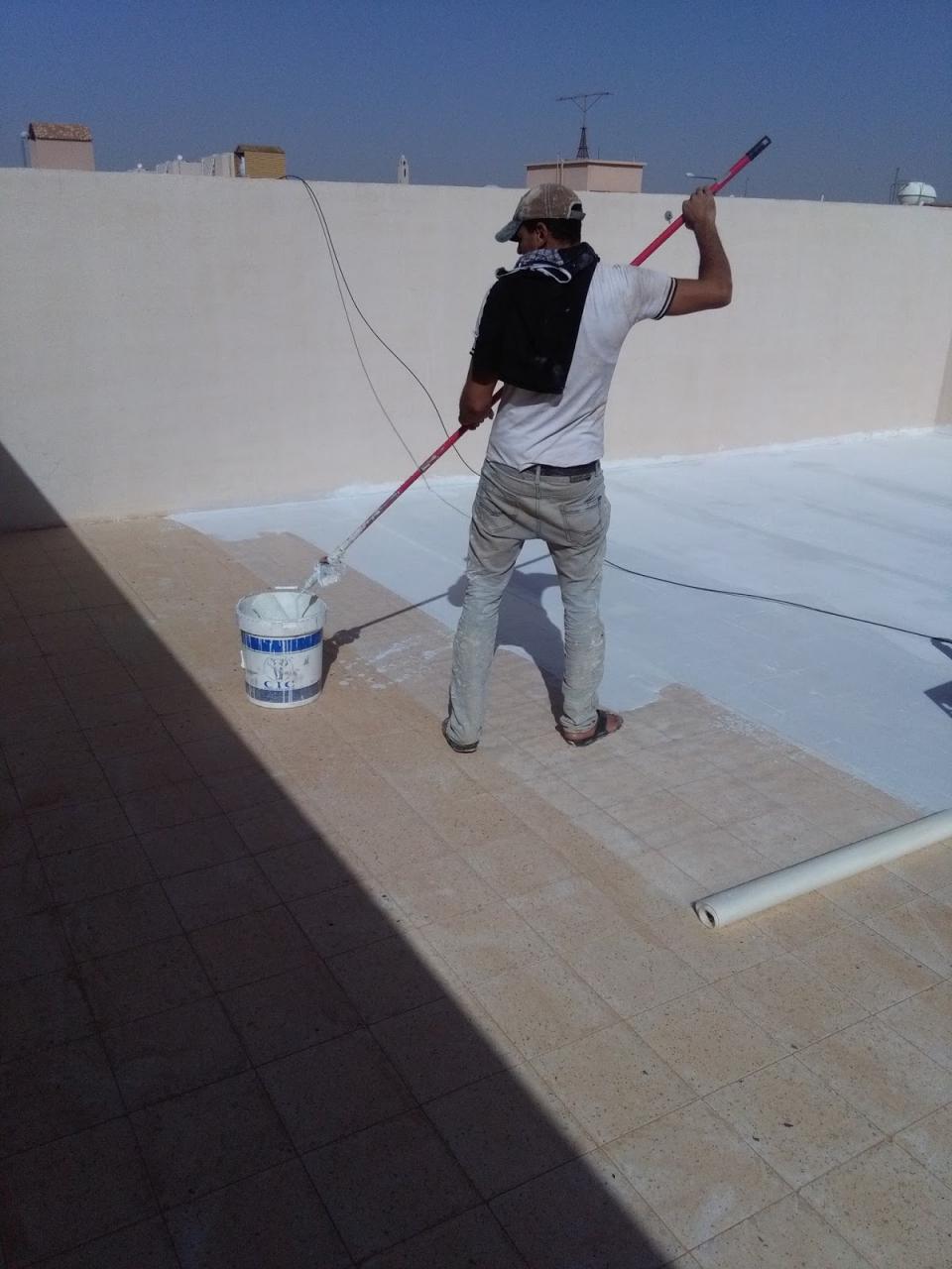 صورة حل مشكلة تسرب المياه من السطح , حلول ساحرة لتسريب المياه