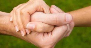 تفسير حلم مسك يد الحبيب , معني مسك يد الحبيب في المنام
