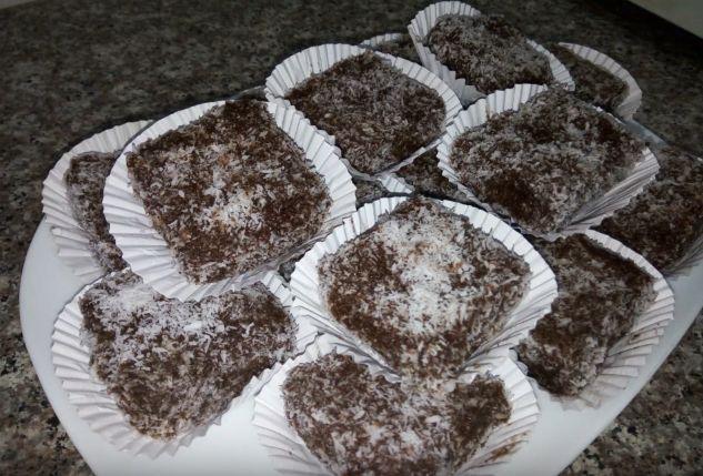 صورة حلويات بالشكولاطة وحلوة الترك , حلويات لذيذة ومتنوعة