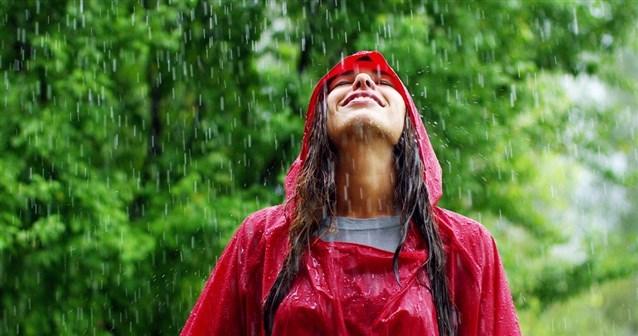 بالصور الوقوف تحت المطر في المنام , تفسير رؤية المطر في المنام 1186