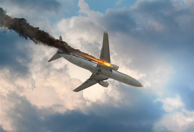 صور رؤية طائرة تسقط في المنام , تفسير حلم سقوط طائرة