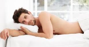 بالصور النوم عاريا في الاسلام , حكم خلع الملابس اثناء النوم 4352