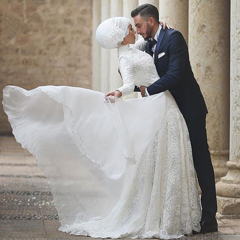 بالصور صور فساتين الزفاف للمحجبات , تصاميم كثيرة و لكى عزيزتى المحجبة ان تختارى 5639 12