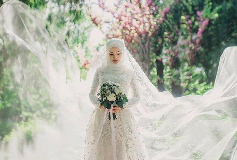 بالصور صور فساتين الزفاف للمحجبات , تصاميم كثيرة و لكى عزيزتى المحجبة ان تختارى 5639 4