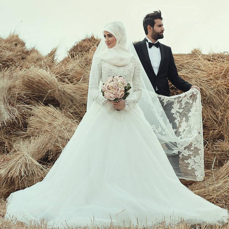 بالصور صور فساتين الزفاف للمحجبات , تصاميم كثيرة و لكى عزيزتى المحجبة ان تختارى 5639 6