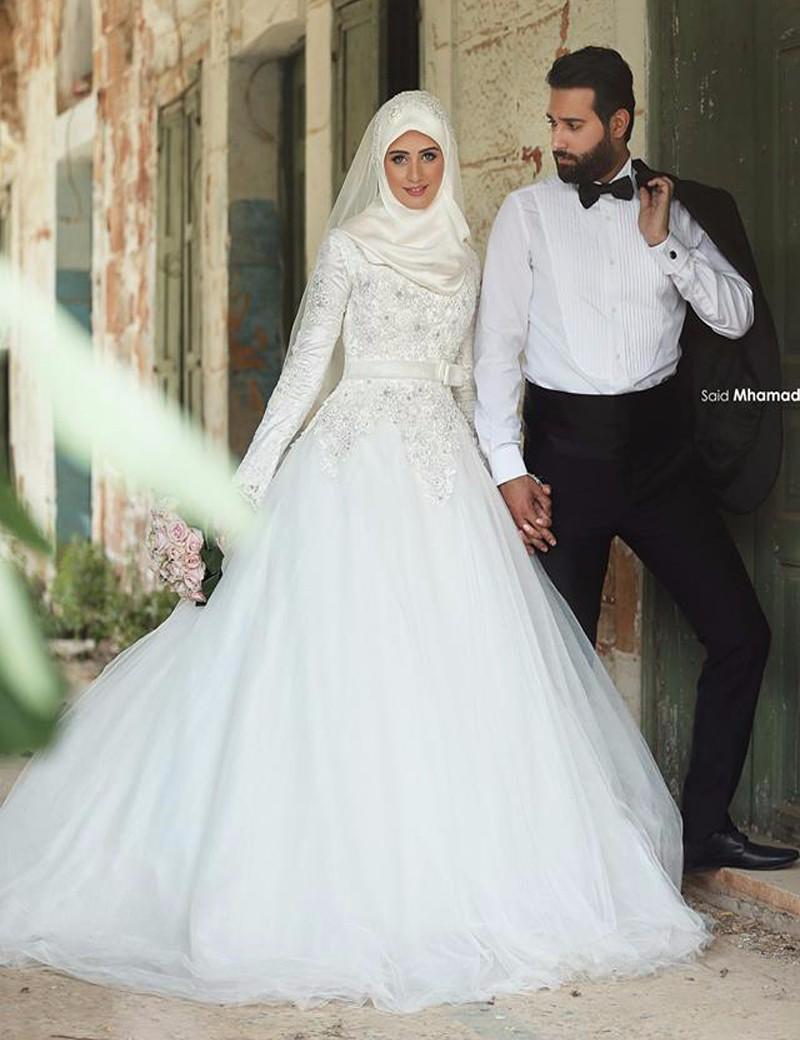بالصور صور فساتين الزفاف للمحجبات , تصاميم كثيرة و لكى عزيزتى المحجبة ان تختارى 5639 9