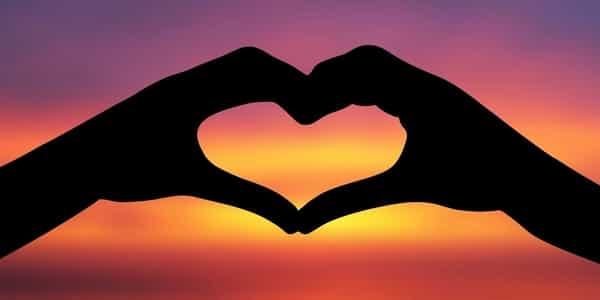 صور علامات تدل على الحب , دليل الوقوع بالحب