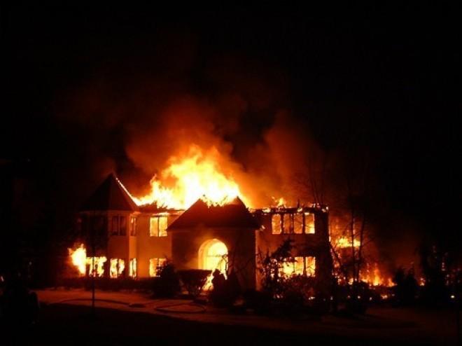 صور تفسير حلم الحريق في البيت , تاويل رؤية احتراق المنزل فى المنام