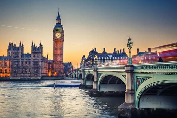 بالصور كم ساعه من الرياض الى لندن , المسافة بين لندن والرياض 1676 2