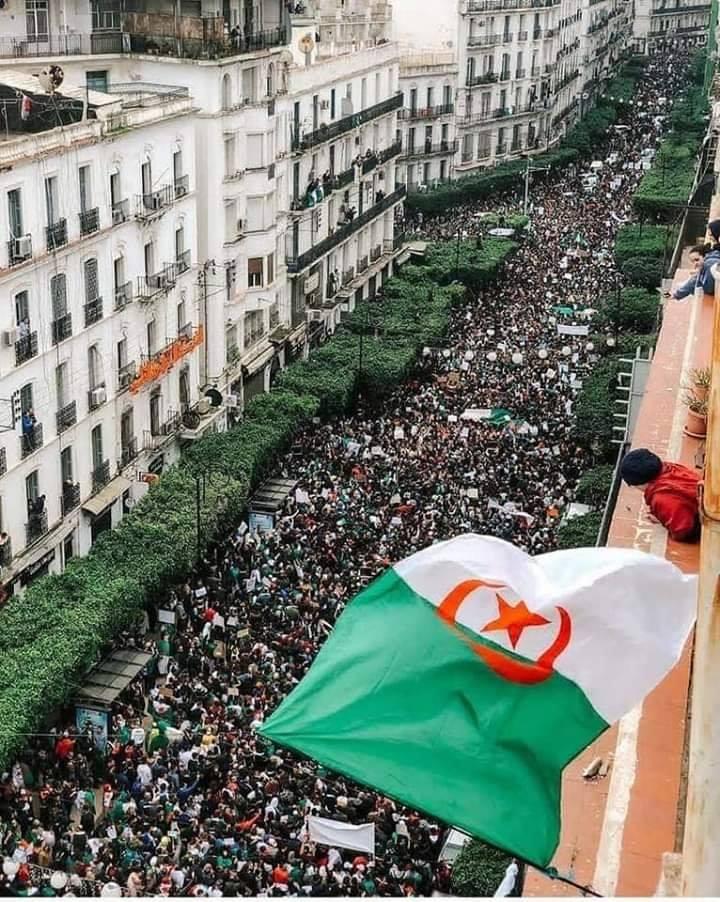 صورة كيف تعيش سعيدا في الجزائر , مميزات دولة الجزائر