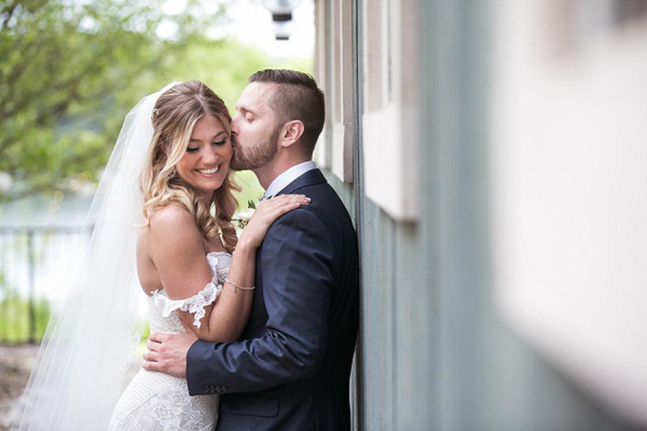 صورة صور عريس وعروسة , احلي العرسان وتفاصيل ملابسهم