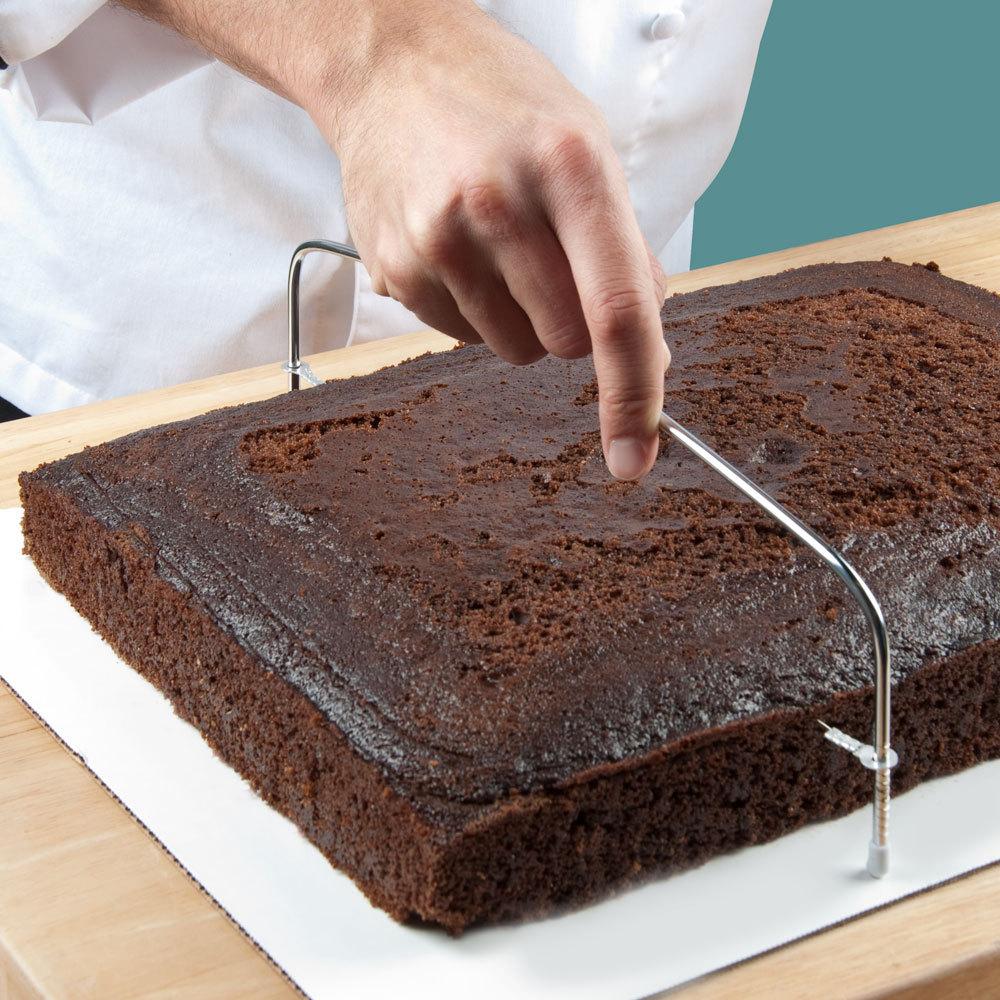 صور طريقة تقطيع الكيك , كلما كان التقطيع متميز كان الرغبة فى تناولة اشهى