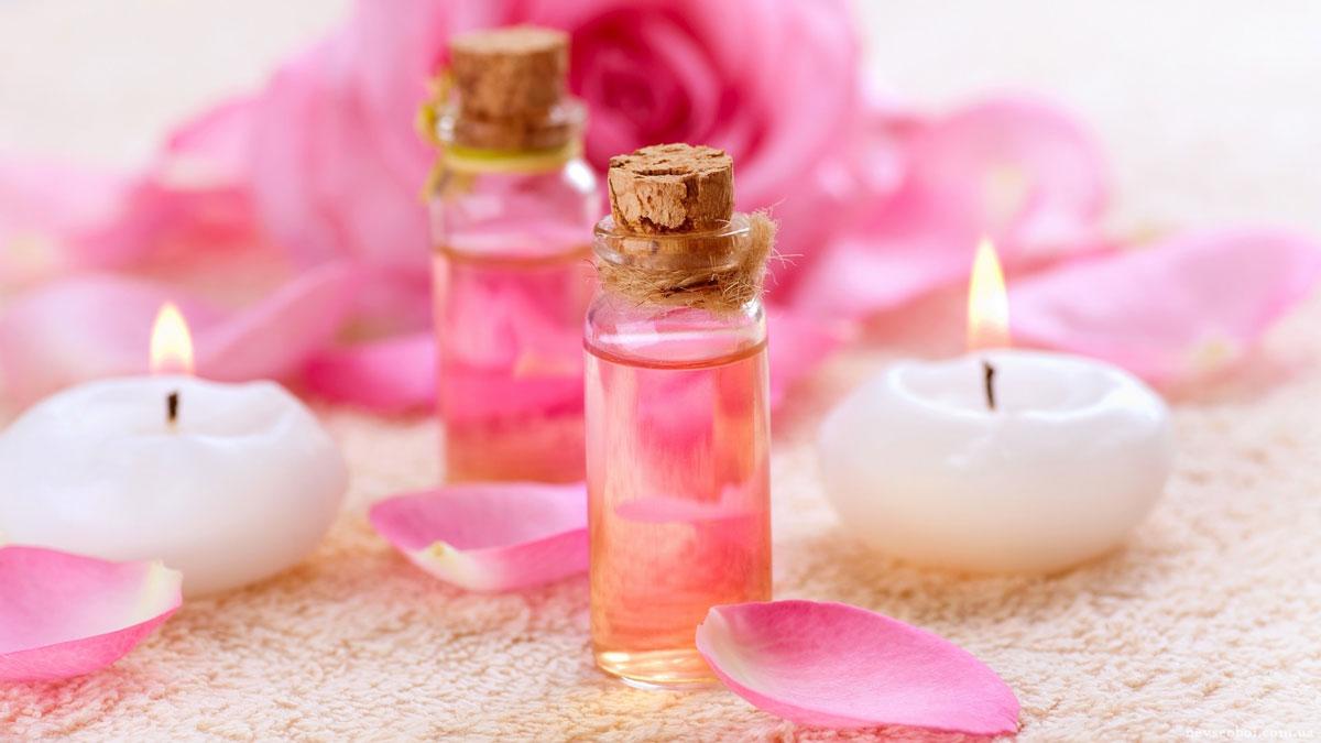 صور فائدة ماء الورد للشعر , رائحة و نعومة ليس لها مثيل