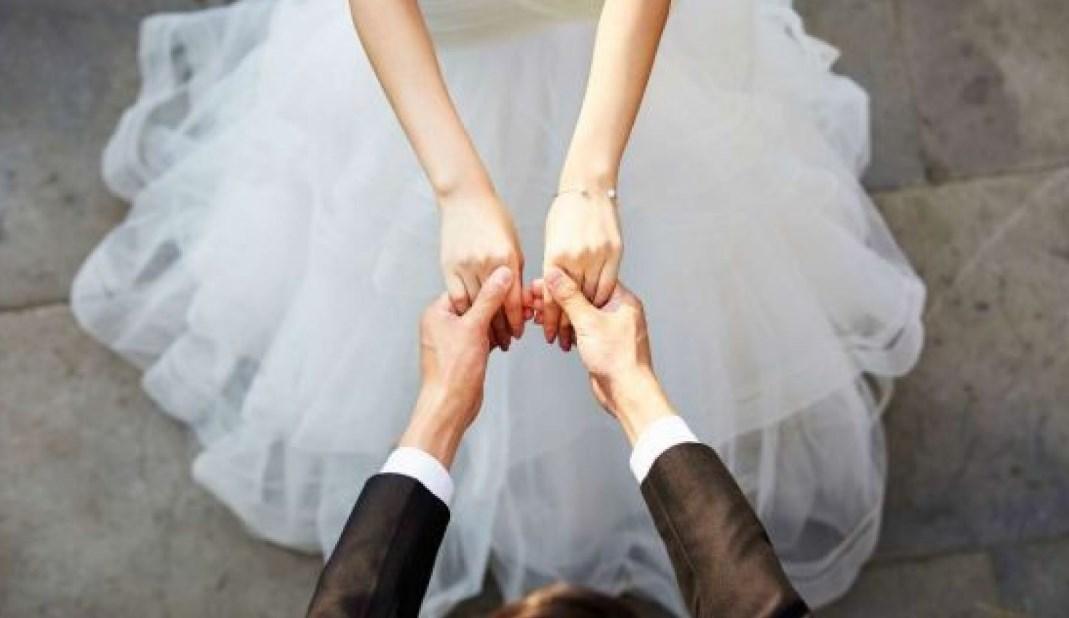 صورة حلمت ان زوجتي تزوجت غيري وهي على ذمتي , علامات الفرح و الخير تجدها فى الزواج