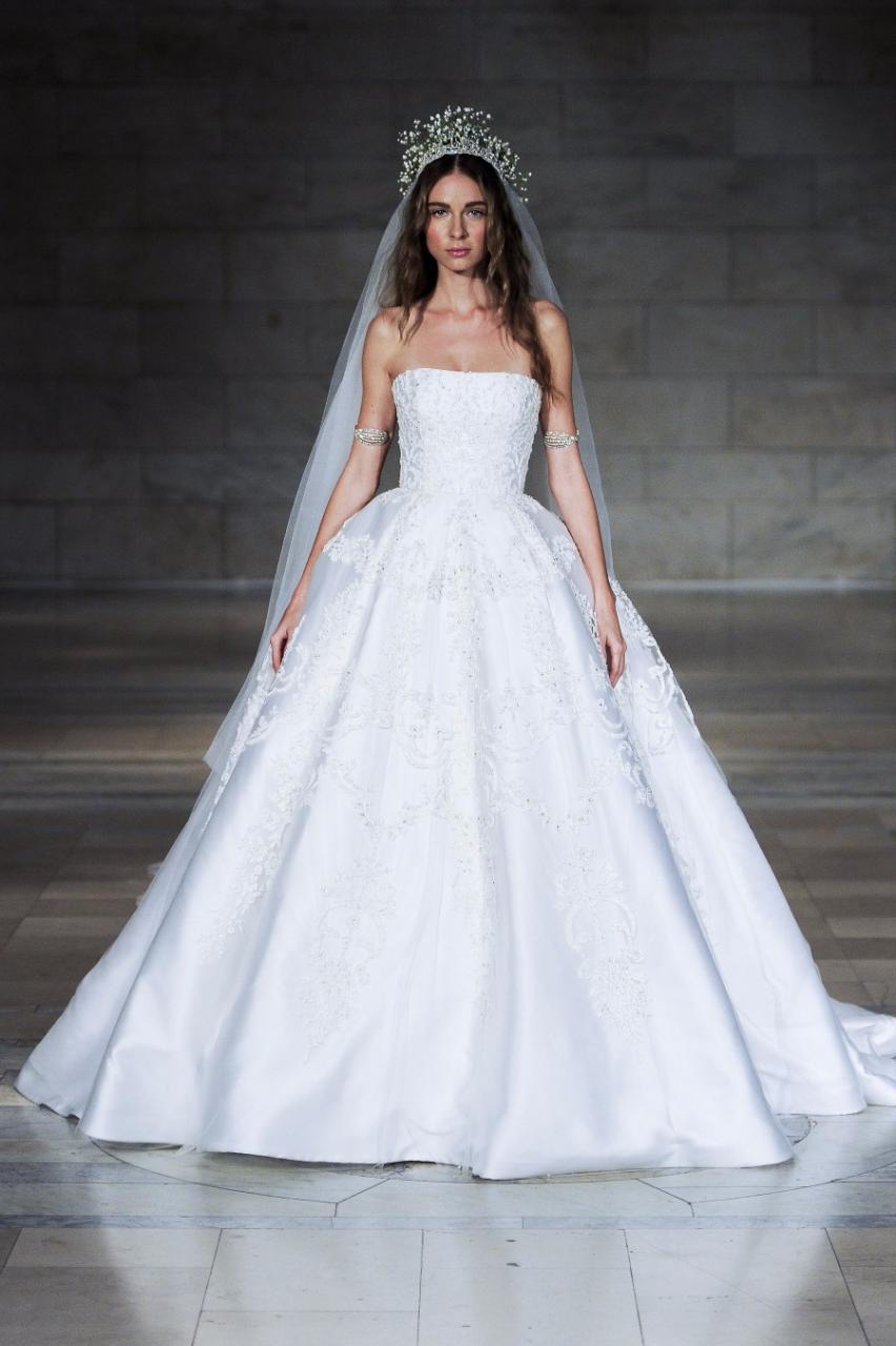 صور احدث فساتين الاعراس , طرق مختلفة تساعدك على اختيار فستان الزفاف