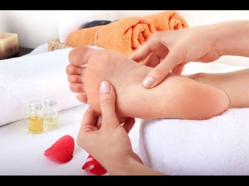 صورة علاج الم باطن القدم بالاعشاب , وصفات سحرية للتخلص من الالم