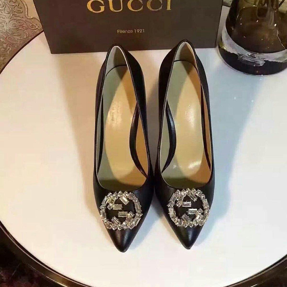 صور احذية قوتشي تقليد , من الماركات المريحة للقدم