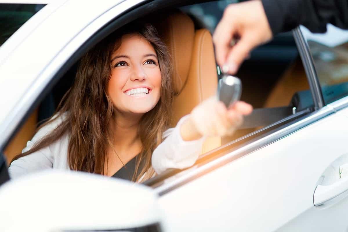 صور في المنام شراء سيارة , ما هو تفسير رؤية شراء سيارة فى المنام