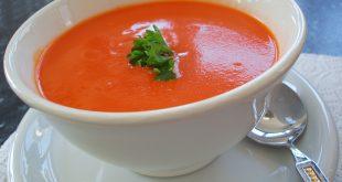 صور اتيكيت شرب الشوربة , الطرق الصحيحة لتناول الحساء