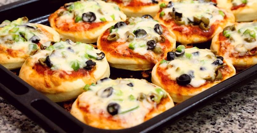 صور طريقة البيتزا بالصور , افضل واحلى طريقة لعمل البتزا بالصور
