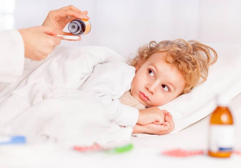 صور طرق تخفيض حرارة الطفل , طرق سريعة لتنزيل حرارة الاطفال