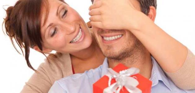 صور كيف اداعب زوجي للجماع , تعرفي علي طرق اثارة الزوج