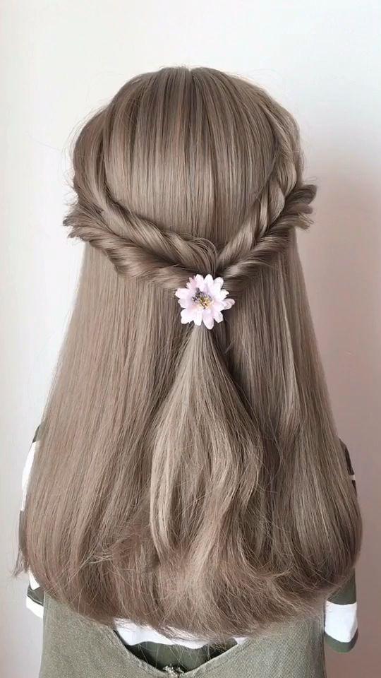 صورة اجمل تسريحات الشعر البسيطة , صور تسريحات شعر روعة