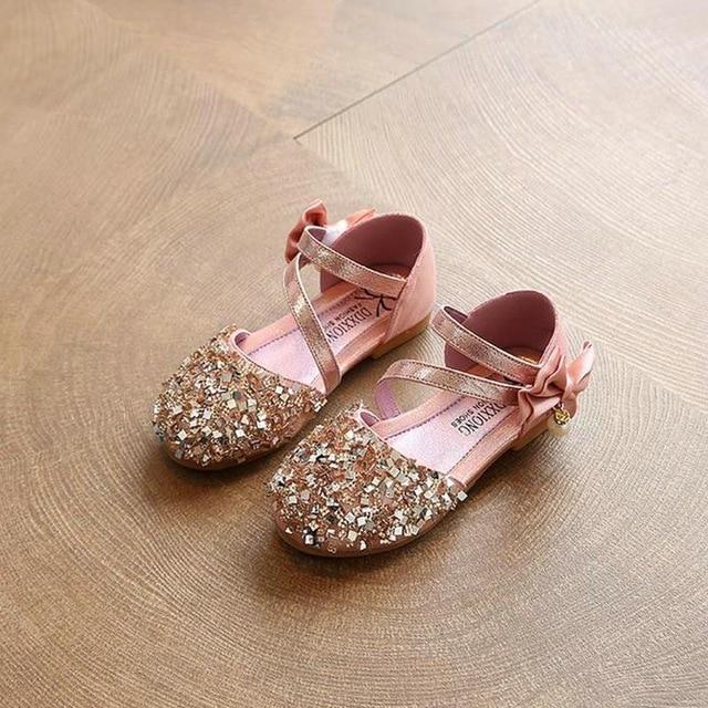 صورة اجمل احذية اطفال , صور موديلات احذية بناتي صغار