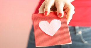 صور هدايا بسيطه وغير مكلفه , وردة من القلب افضل هدية