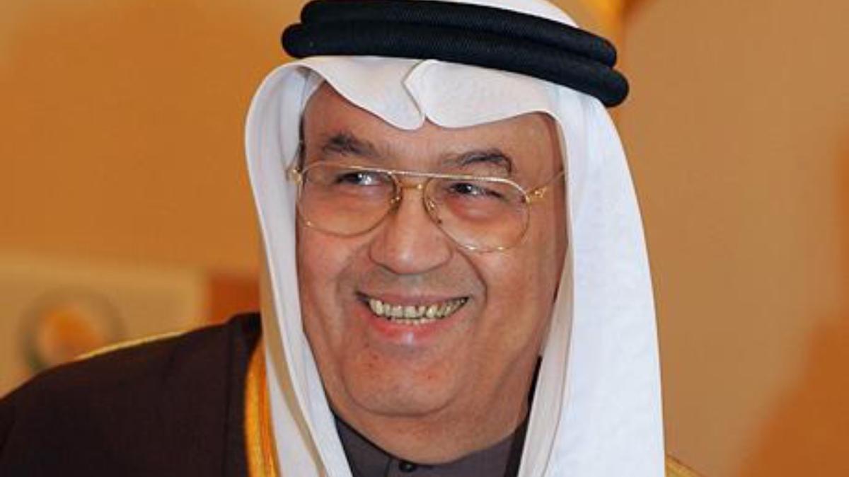 صورة معلومات عن غازي القصيبي , افضل شاعر و اديب في السعودية