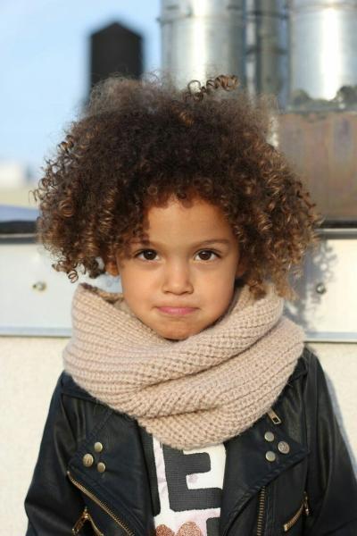 صورة تسريحات اطفال للشعر القصير الخشن , صور تسريحة شعر كرلي للاطفال