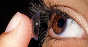 صورة علاج الم العين بعد العدسات , حل مشكلة العدسات على العين