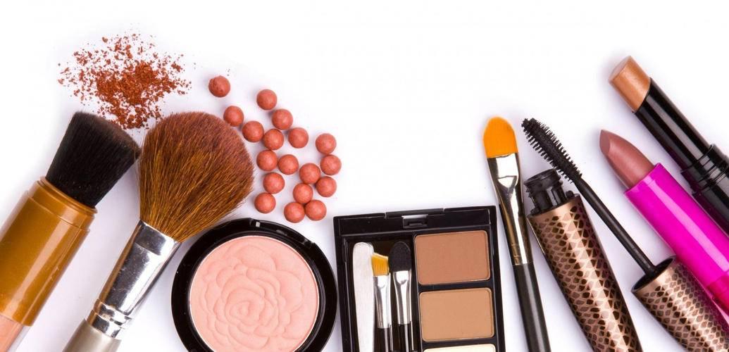 صور انواع مستحضرات التجميل , تعرفى على ادوات المكياج المختلفة
