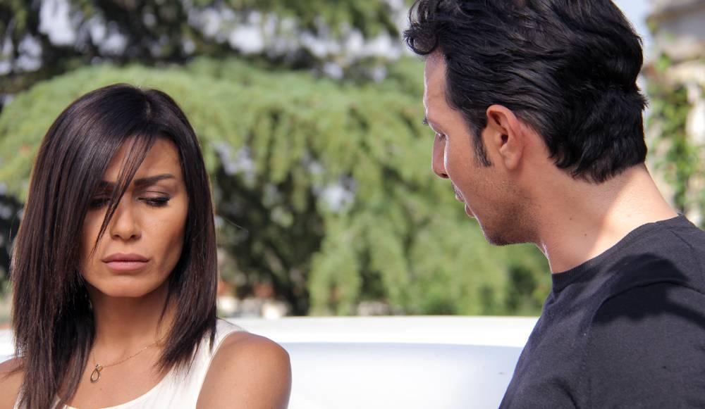 صور قصه حب ابطال مسلسل قصة حب الحبيب للحبيب