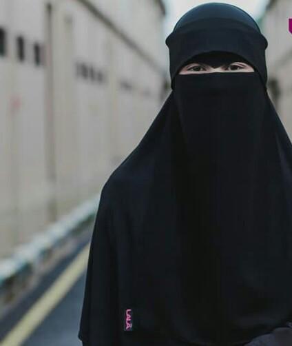 صورة طريقة لف النقاب بالصور , اتعلمي لبس نقاب شيك