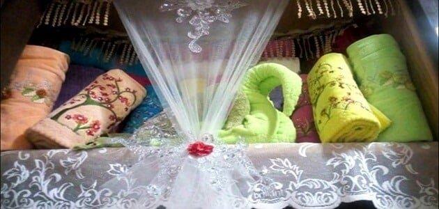 صورة ترتيب دولاب الملابس للعروسة,فرحك قرب ونفسك تفرشى بيتك وبالذات الدولاب 6791